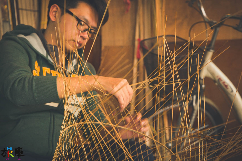 春秋美術社 手工燈籠製作過程體驗與彩繪欣賞