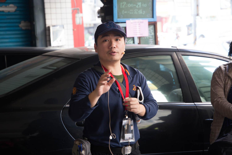 導覽老師 陳智岳