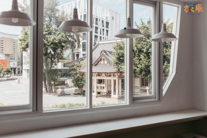 圖2<從店內二樓窗口望出去的武德殿>